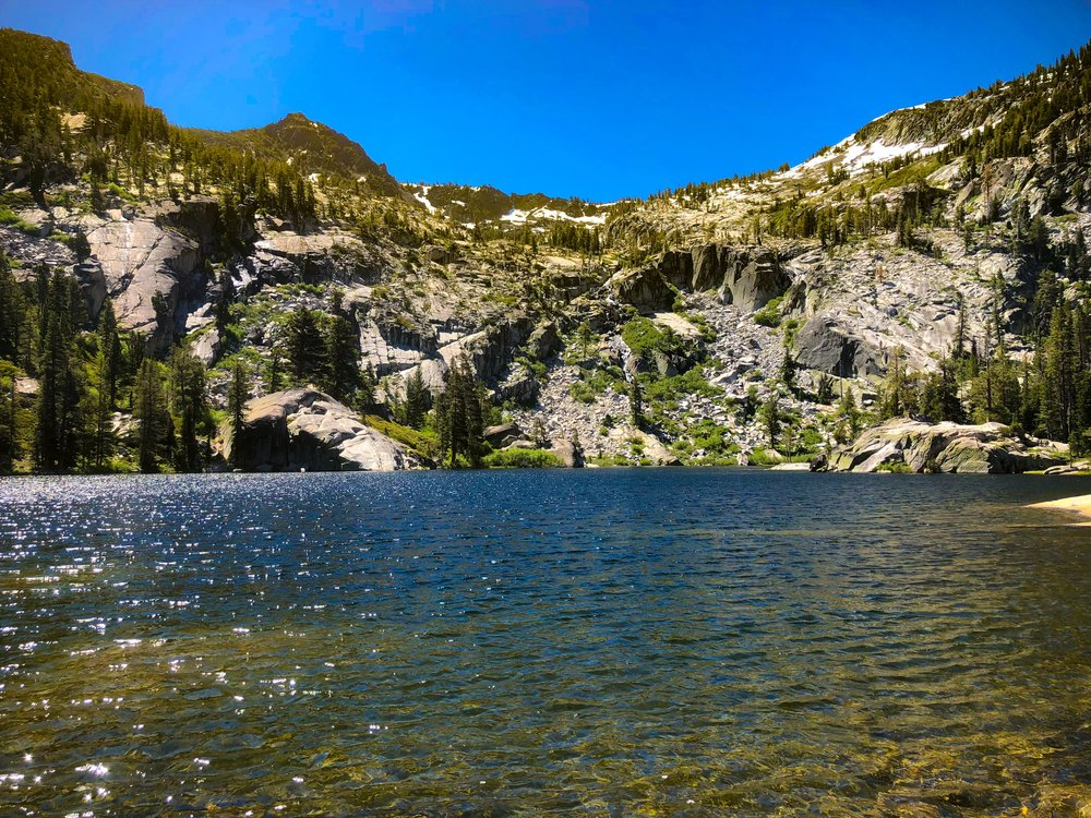 The seclusion of snow lake