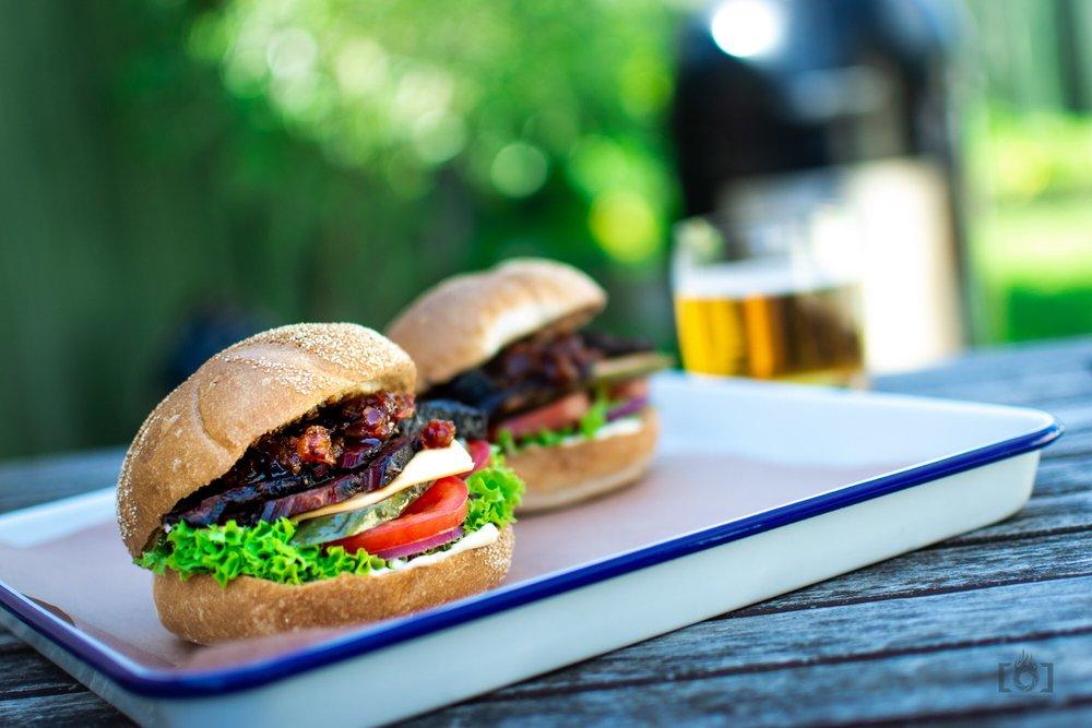 Brisket Burgers IG-1-3.JPG