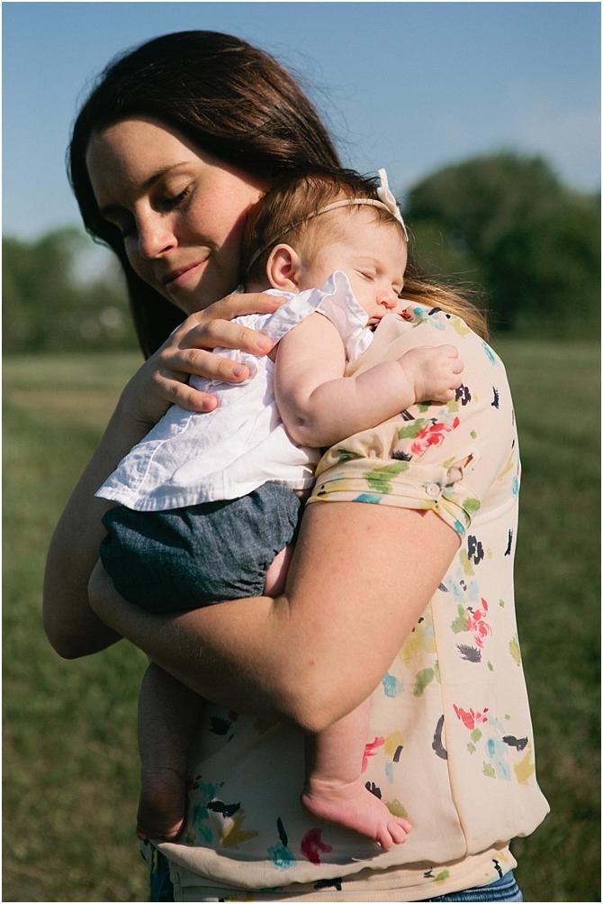 family and newborn    film photography    cara dee photography_0020.jpg