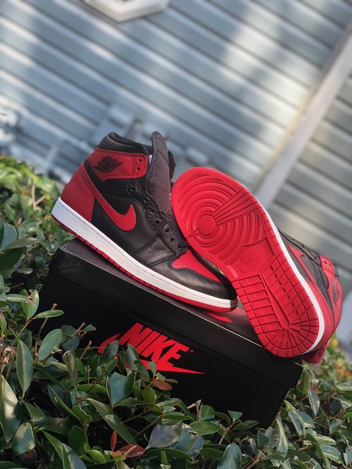 5db4ad2065fc08 Air Jordan 1 Retro High  Homage to Home  (Non-Numbered)