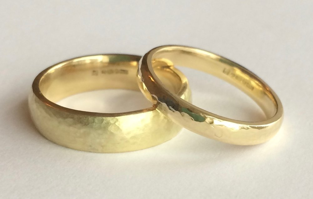 Jo and Steve's Fair-trade 18ct Yellow Gold Hammered Wedding Bands
