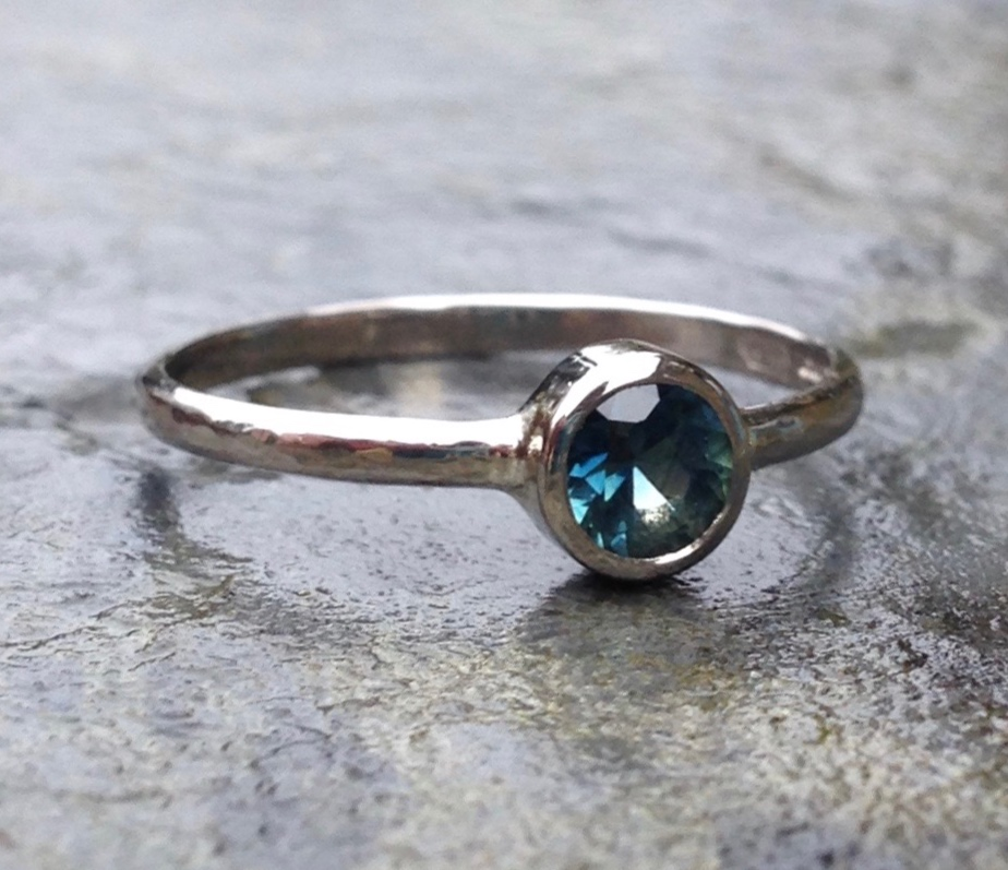 Ethically Sourced Australian Teal Sapphire in Recycled 'Natural' 18ct White Gold