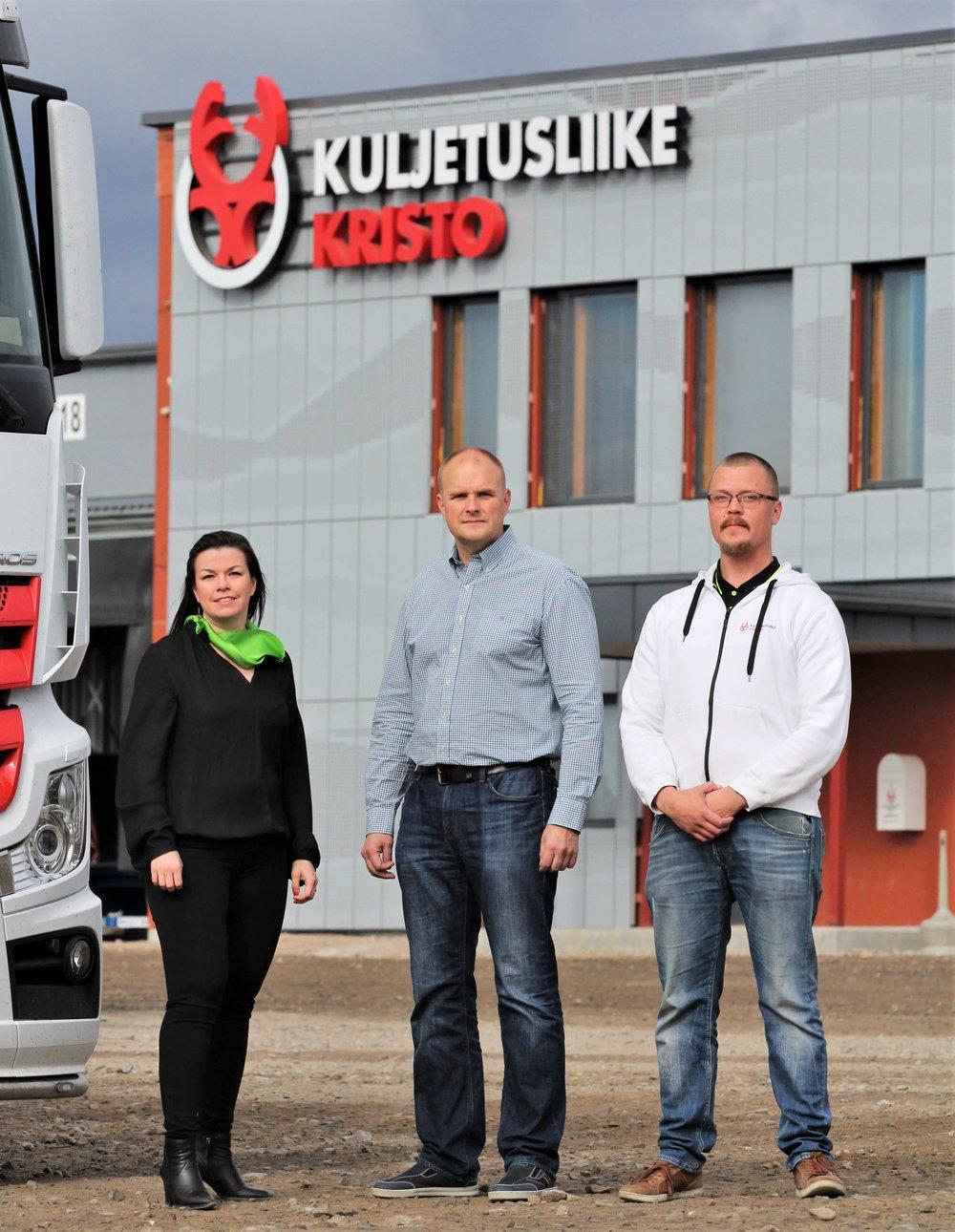 Riku Niemelä | Kuljetusliike Kristo & Kumpp Oy - (kuvassa keskellä)