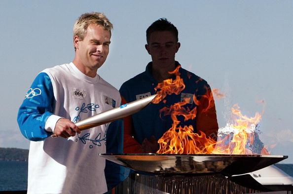 50923485 Shane Olympic torch.jpg