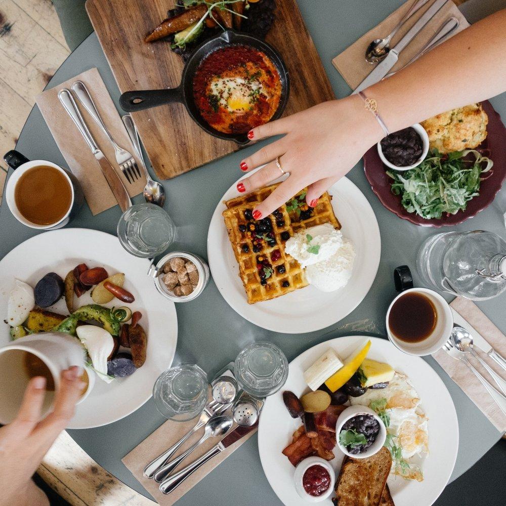 breakfast-690128.jpg