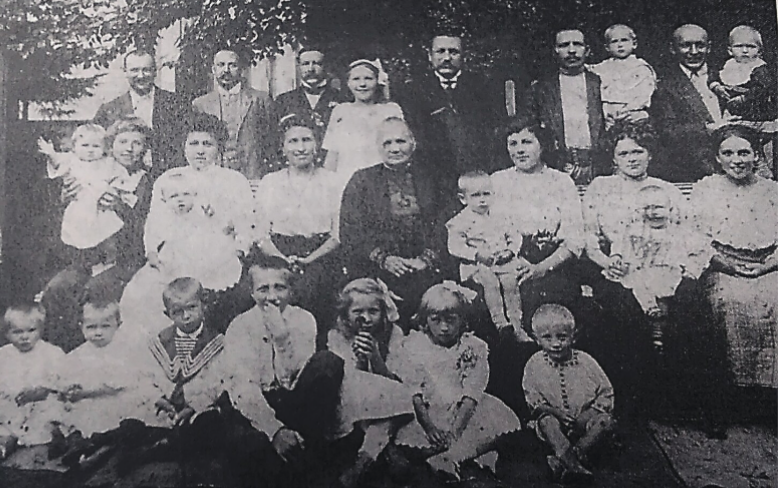 home delivery service - here's my happy family from the 1800's, fed on our Russian pies - why not yours?