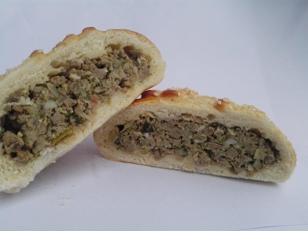 Beef_onion_Russian_pie_2.jpg