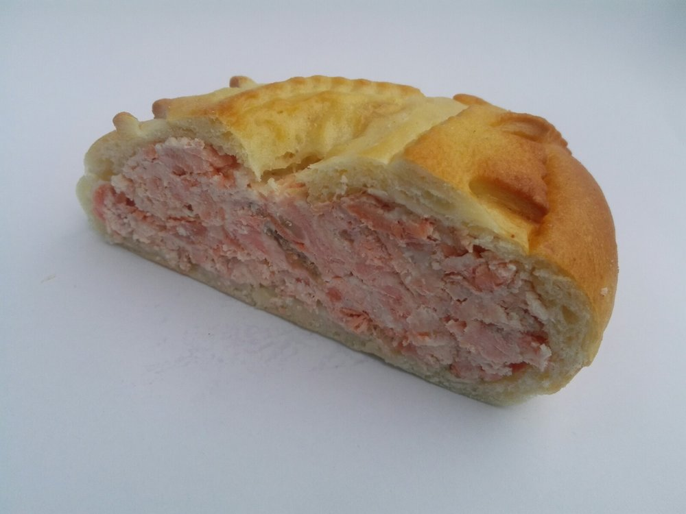 salmon_cream_cheese_russian_pie_1.jpg