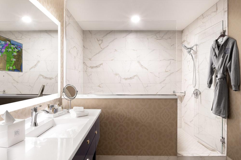 1201 Bathroom.jpg