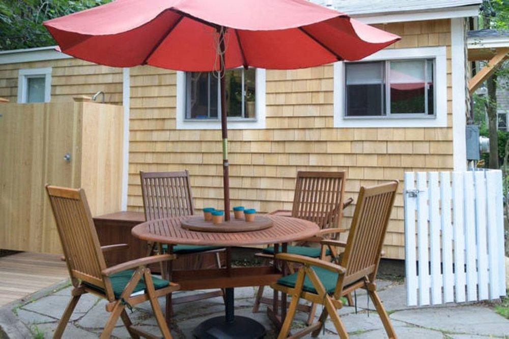 Cottage: Porch