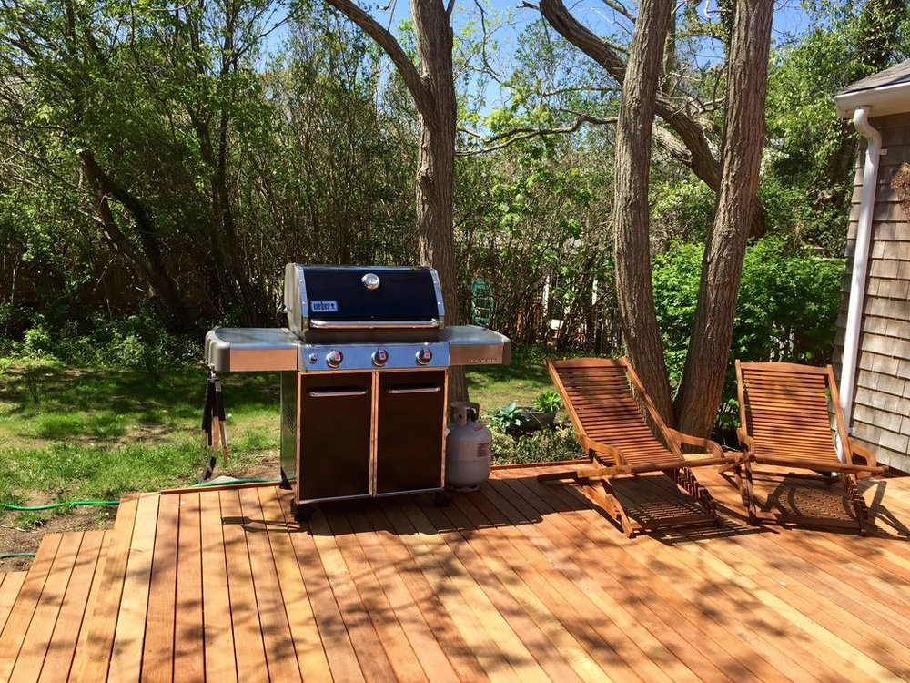Main House: Backyard Deck