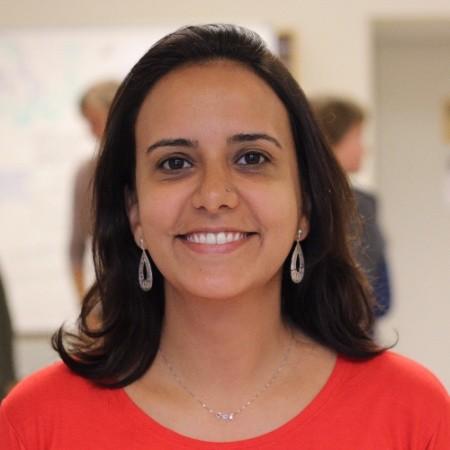 Elissa Cardoso - Formada em Relações Públicas, pós graduada em gerenciamento de projetos e mestre em liderança e sustentabilidade pela Blekinge Institute of Technology, na Suécia.LinkedIn