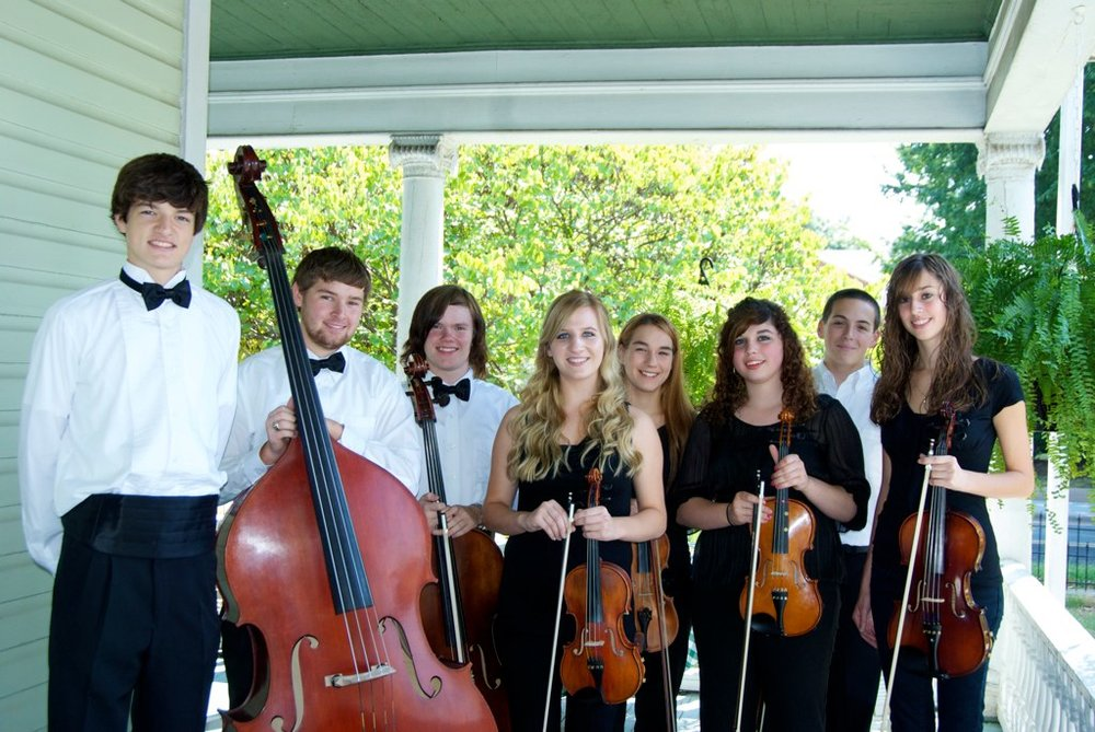 Vivace Strings Performs For UCCAC Breakfast For the Arts