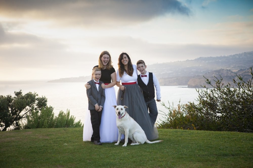 Family portraits in Palos Verdes, an ideal location for stunning views
