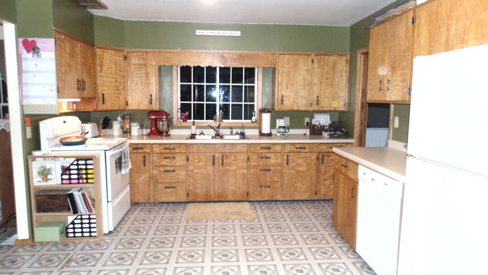 Kitchen - From Front Entry.JPG