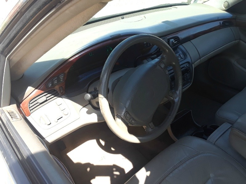 Front Interior of 2001 Cadillac DEVILLE