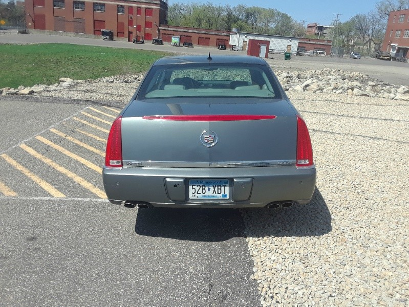 Back of 2006 CADILLAC DTS 4DR SDN