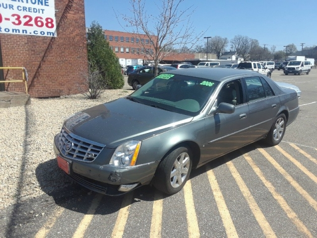 2006 Cadillac DTS 4dr Sdn - $175/month