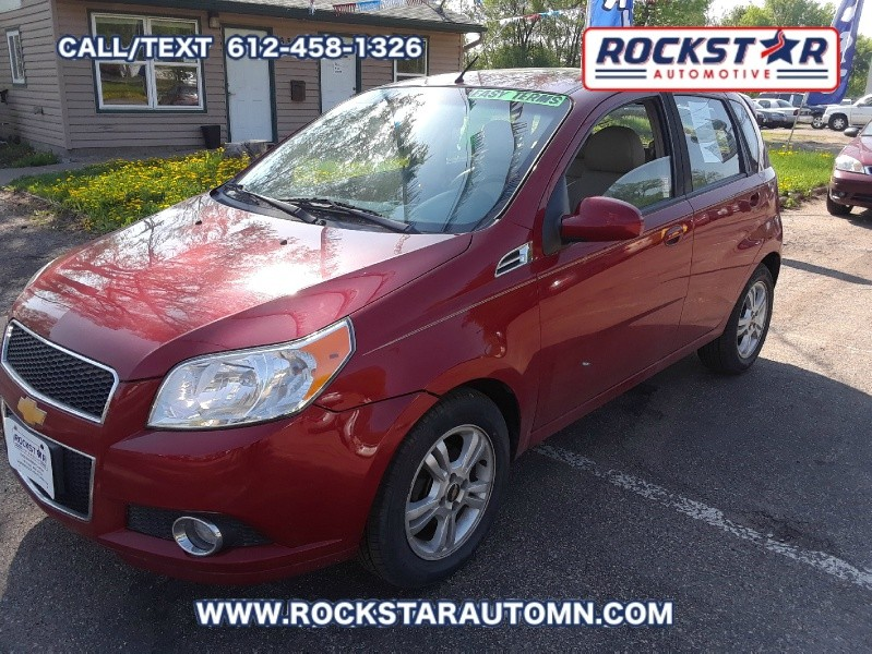 Front Side View of 2011 Chevrolet Aveo 5dr HB LT w/2LT
