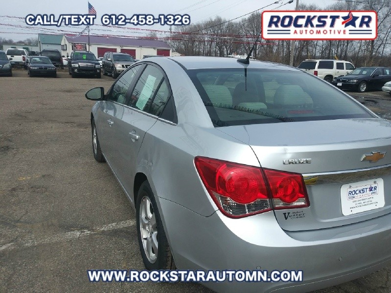 Back of 2011 Chevrolet Cruze LT