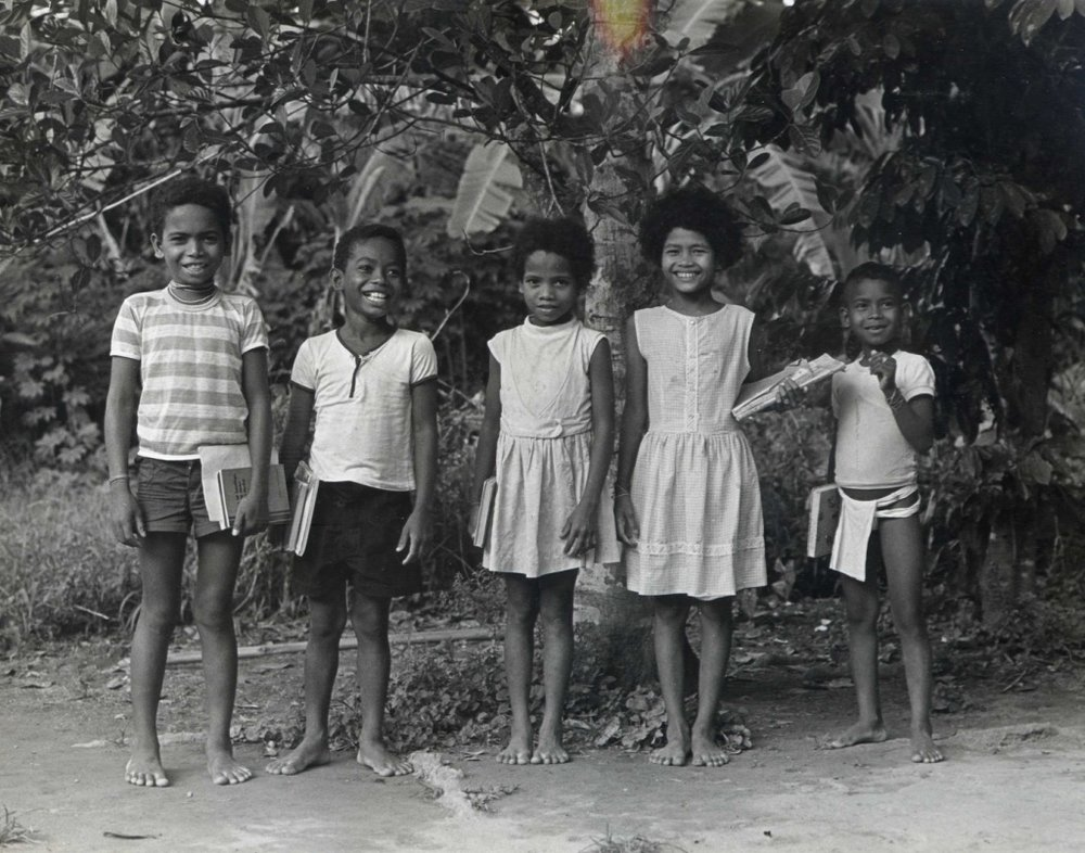 In 1970 my parents sponsored these 5 Agta friends of mine to go to school. They were Sawe, Heni, Edna, Bita and Noler. At that time, the nearest school took 2 hours to hike to, in the town of Casiguran, so they didn't last in the program for very long. But it was a good start. The boys are no longer alive, but the two girls, Edna and Bita have children and grandchildren in our program now.