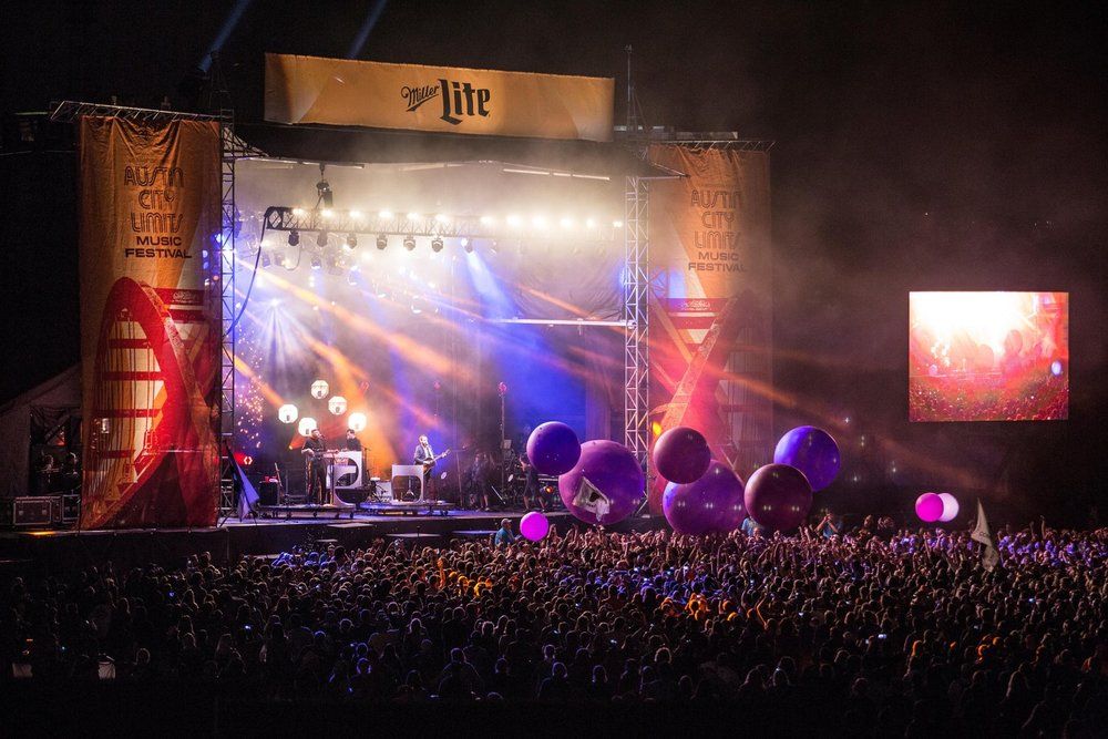 Broken Bells   Balloon Balls during performance at Austin City Limits