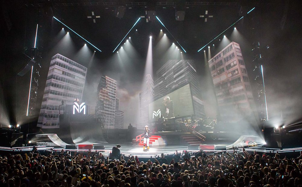 Lil Wayne for All Access Staging and Production   Backdrop during performance