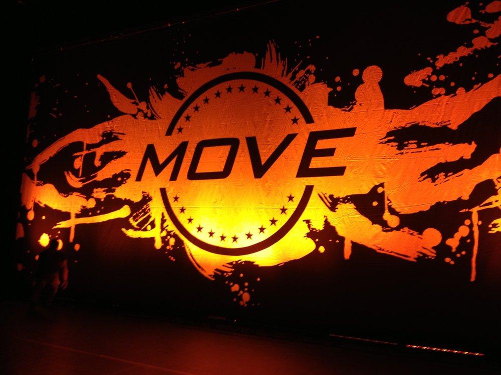 Move backdrop lighting.jpg