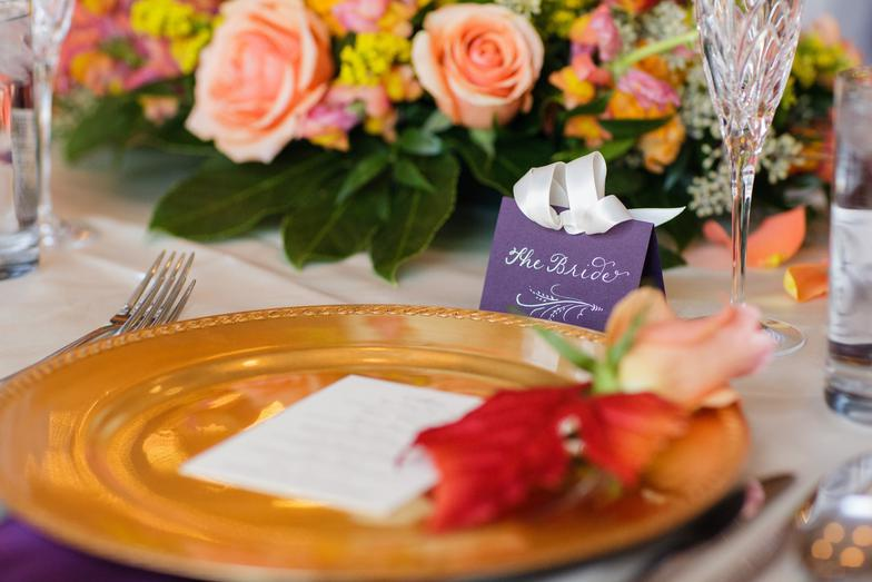 Gorgeous table scape at an elegant Chicago wedding with my place cards written in white ink