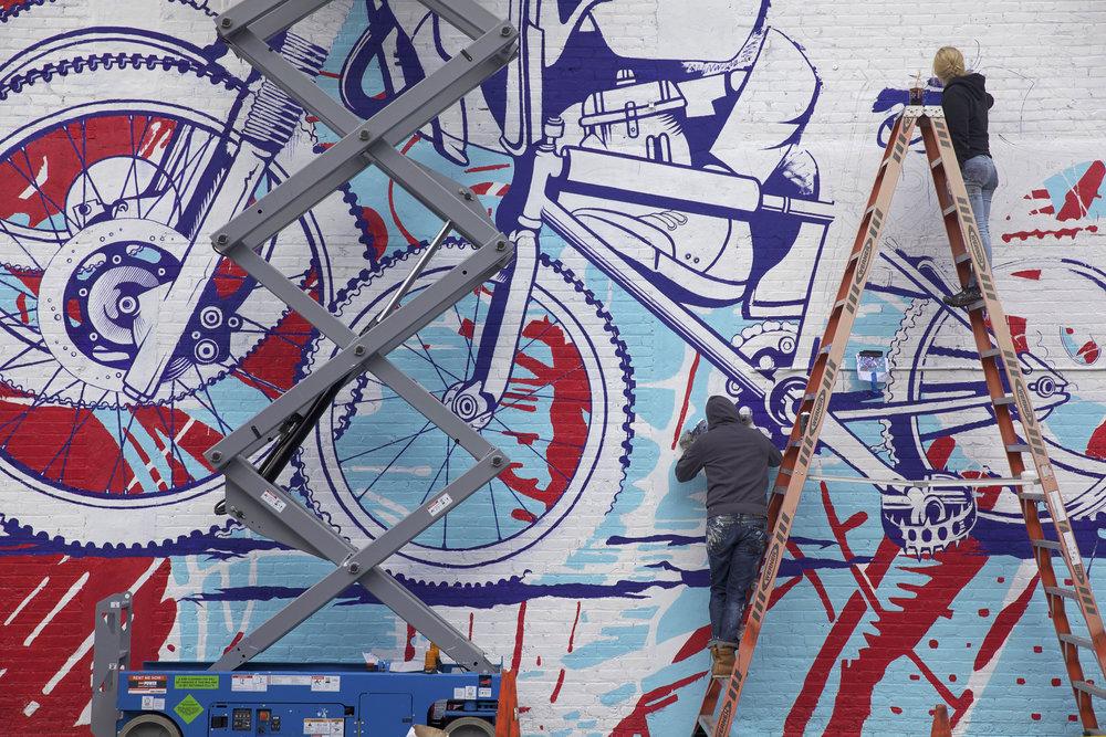 chi_mural2.jpg