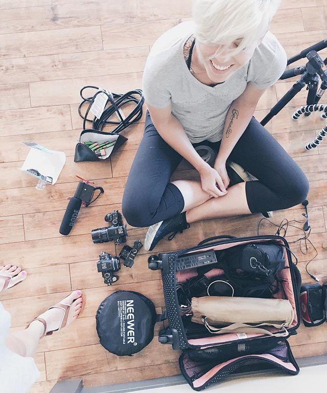 Video kits in @herschelsupply bags 🙌🏻.