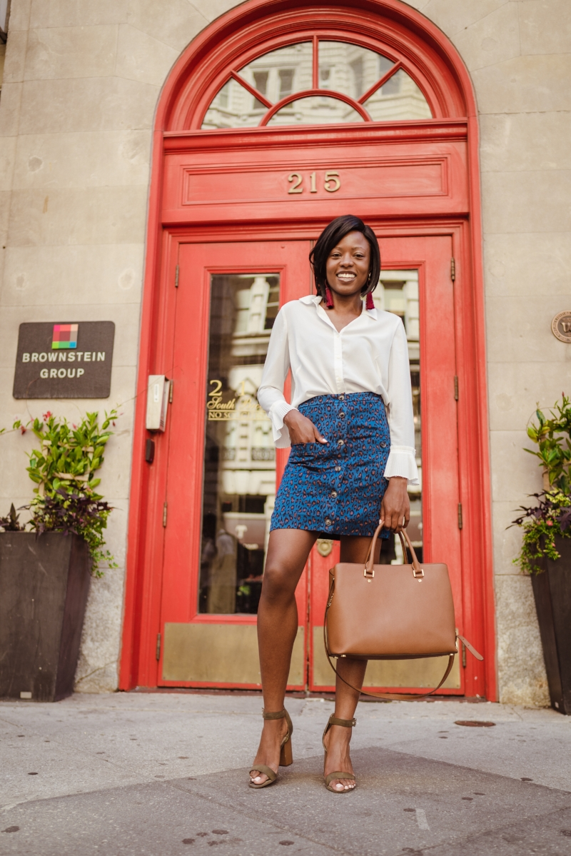 Blouse: Calvin Klein Factory (similar white CK blouses at Macys  here at CK website  here )  Skirt: $9.98 Banana Republic Factory  here   Shoes:  Bar III @ Macys