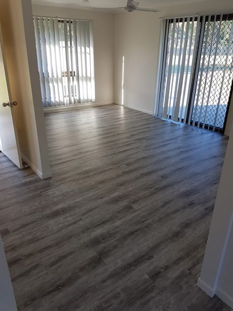 Flooring in lounge