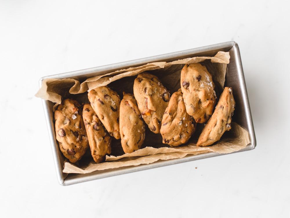 Peanut Butter Pretzel Cookies | www.mackenziemjordan.com