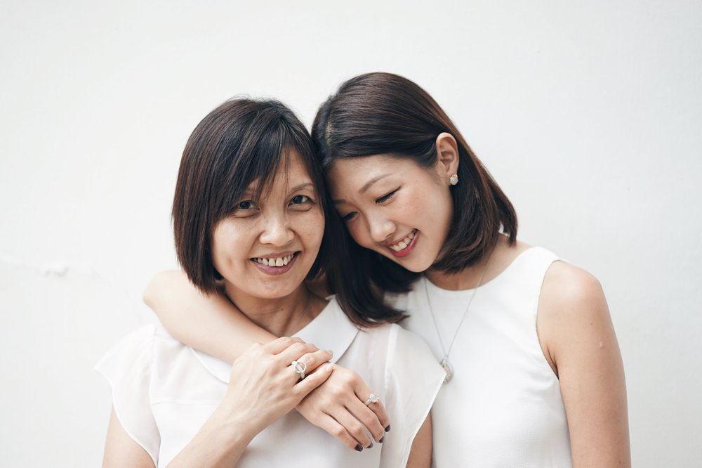 A special connectedness to Mum. - One of my favourite photoshoots to date is my Choo Yilin shoot with Mum. I remember editing photos from this series and thinking to myself, wow, Mum has really aged. Before that, I never did pay much attention to her wrinkles, eye bags, and laugh lines.She was always just Mummy to me.