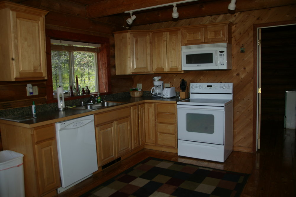 Kitchen in The Wolf Den Cabin