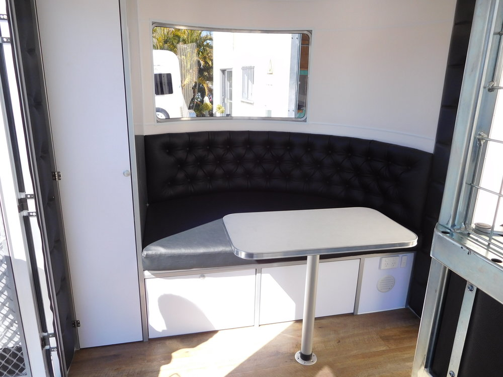 Curved Dinette Area