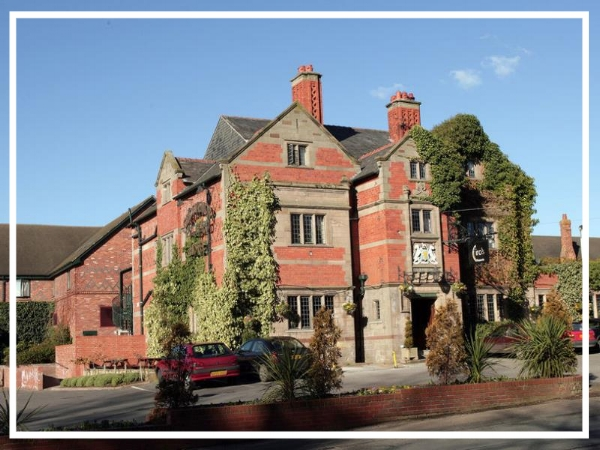 Grosvenor Pulford Hotel & Spa - 4* Hotel & SpaThis privately owned Chester hotel & spa is ideally located just a five minute drive from the city centre. Set in it's own grounds, the Grosvenor Pulford Hotel & Spa can accommodate any event from a fantastic outdoor team build to a sophisticated evening murder mystery.