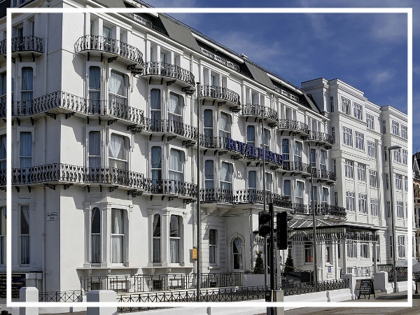 Best Western Royal Beach Hotel - 3* HotelStanding proudly on the seafront, the Best Western Royal Beach evokes an authentic feeling of bygone days. A beautiful Victorian property, the hotel boasts magnificent chandeliers, grand staircases and seafaring memorabilia as well as 124 bedrooms and four meeting suites.