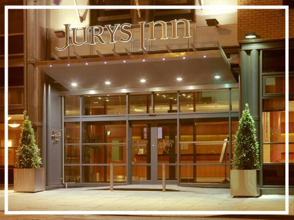 Jury's Inn Southampton - 3* HotelJury's Inn Southampton is centrally located overlooking East Park and just 15 minutes from the main train station. The largest hotel in Southampton, Jury's Inn has 270 spacious hotel rooms and ten fully equipped meeting rooms capable of accommodating up to 130 people.