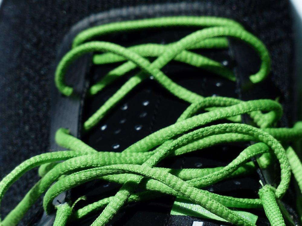 shoelaces-115147.jpg