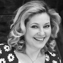 Suzana Nikolic  is a full time professor at the Academy of Dramatic Art, University of Zagreb (ADA, UZ). She is a Founder and Artistic Director of Performing Arts Etra...  →