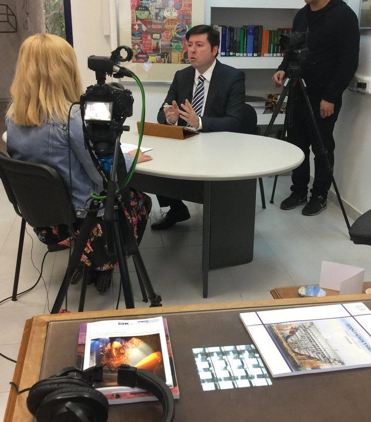 Στιγμιότυπο από την συνέντευξη