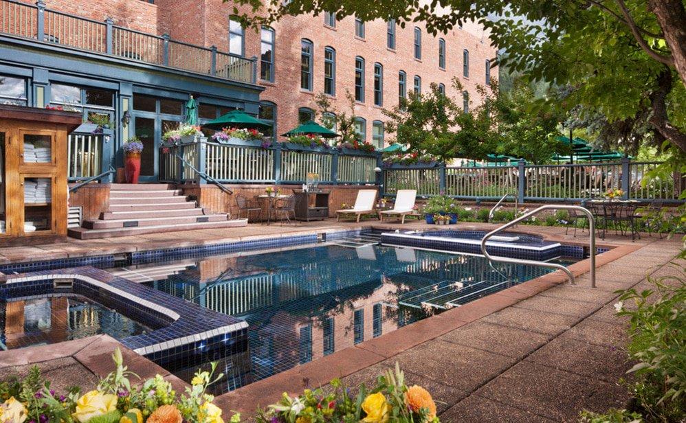 hotejerome-aubergeresort-aspen-resortgallery-pool1.jpg