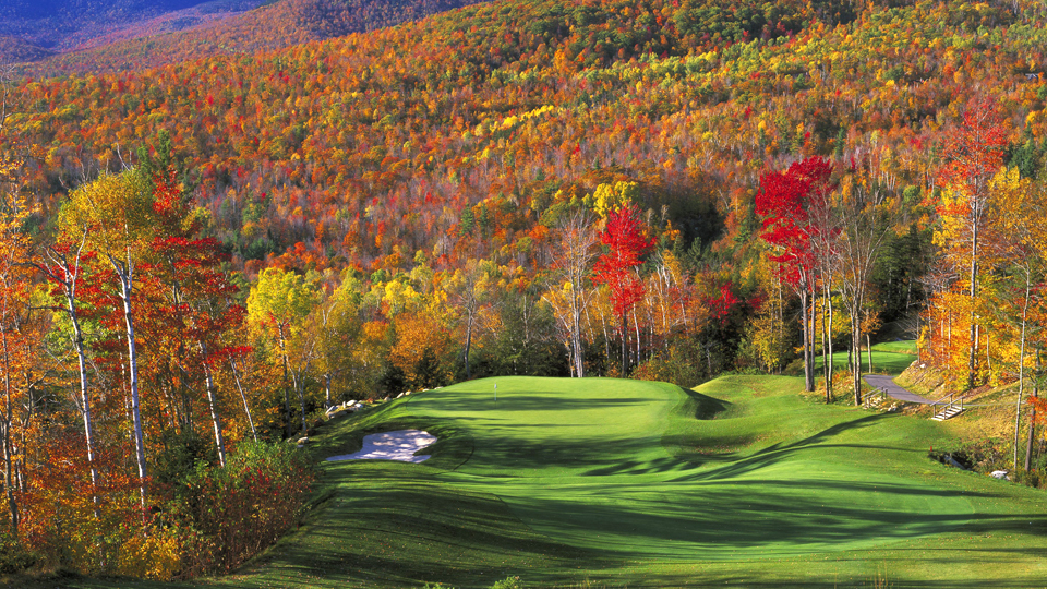 gofl course with colorful foliage at sunday river