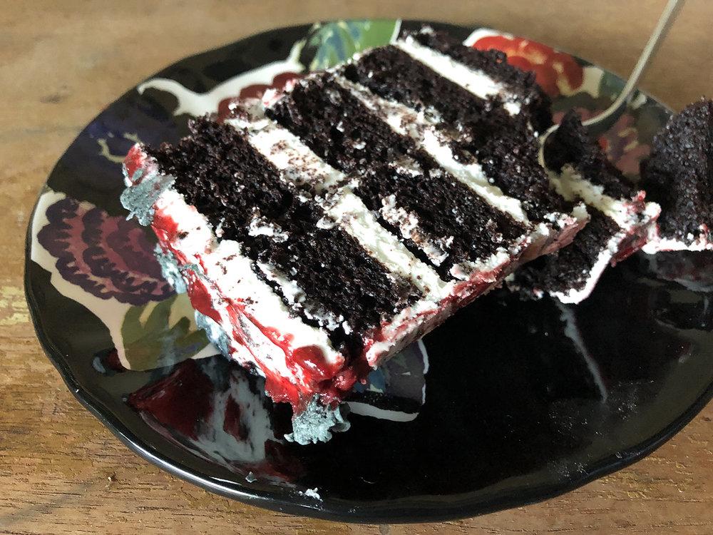 Ep3_Cake_5.jpg