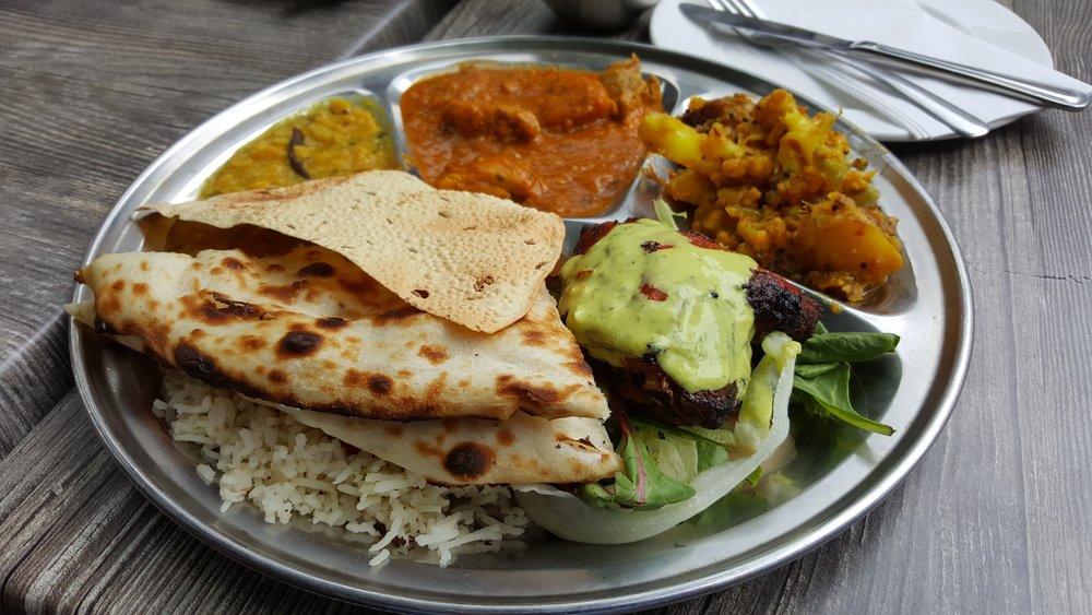 Piatto cucina indiana Holiram.jpg