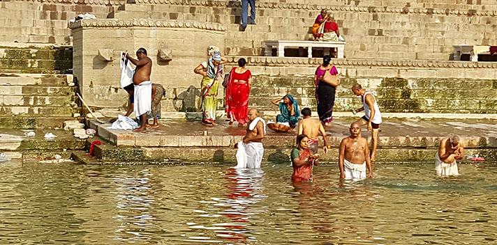 Varanasi Holiram.jpg
