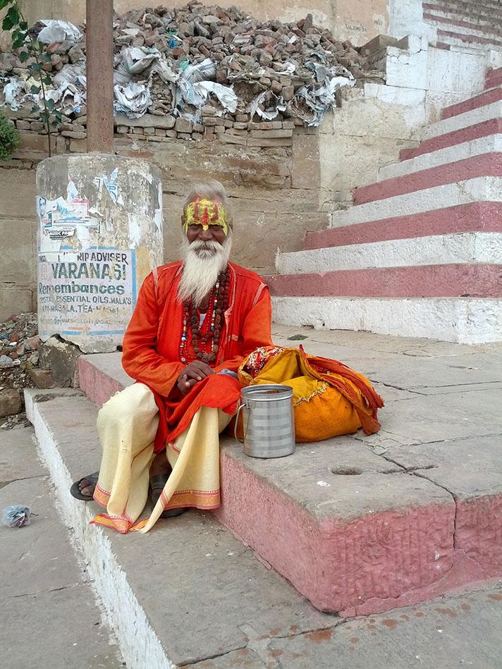 Sadhu a Varanasi India 2.jpg