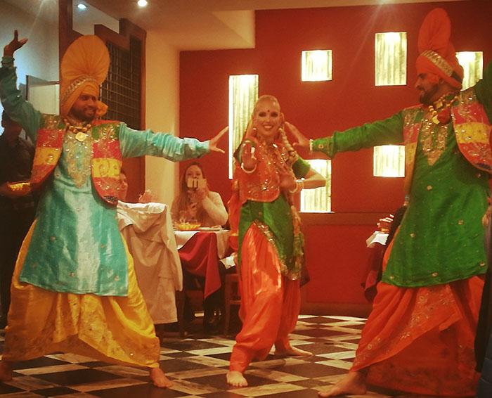 Gioia Cavedon e Bhangra Boys and Girls Diwali.jpg